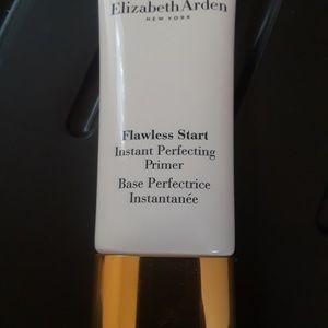 Elizabeth Arden Makeup - Flawless Start Instant Perfecting Primer